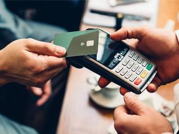 Расходы при оплате банковской картой